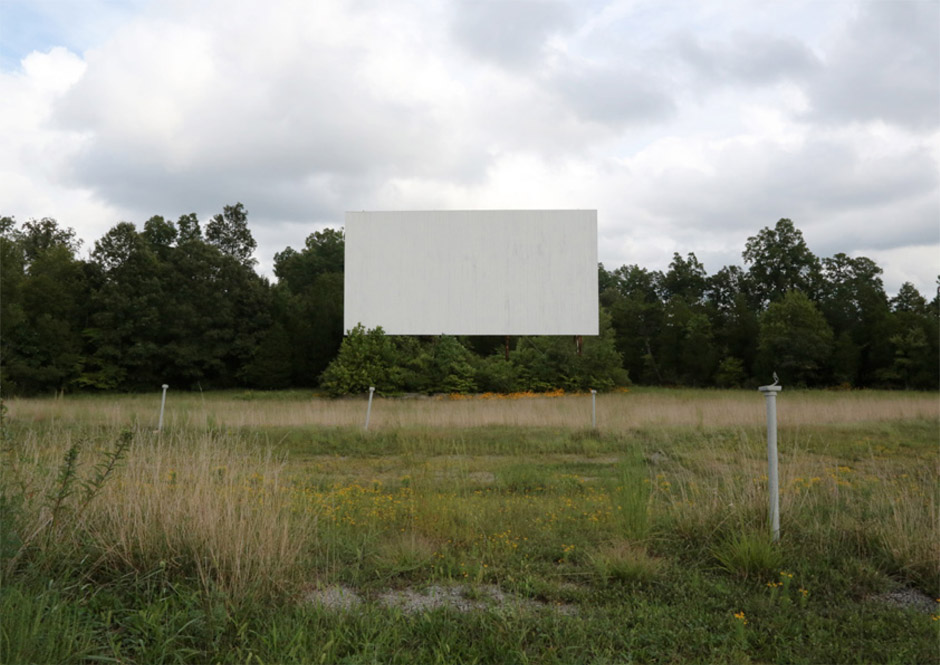 Justine Emard - Broadway Drive-in (TN), 2014, Photographie, contrecollage aluminium, 100x65 cm